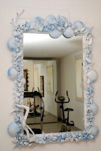 Idee per decorare con stelle e conchiglie cerca con - Specchio con conchiglie ...