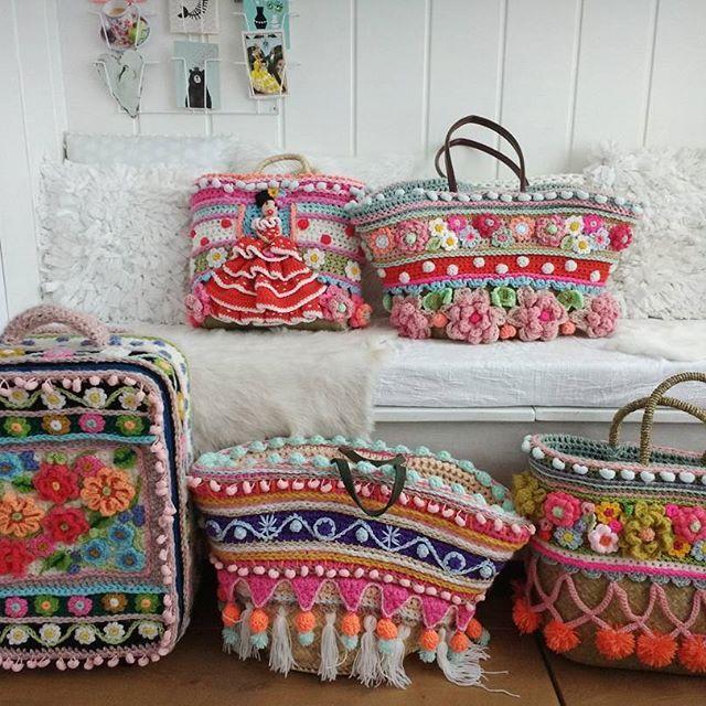 De tassenfabriek Fijne avond! #tassen #strandtas #crochet #instacrochet #adindasworld #homesweethome #uncinetto
