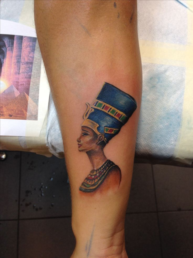 nefertiti tattoo color