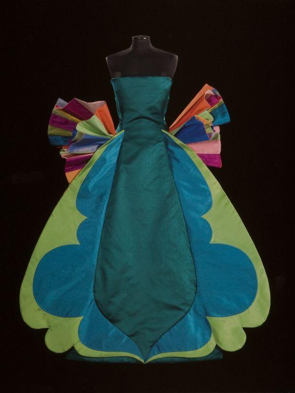 'Sculpture Dress' (detail), 1992. By Roberto Capucci (Italian, b. 1930). Schauspielhaus Theatre Berlin. Sculpture-dress, multi-coloured plissé taffeta, overlapping pleats on the skirt. Claudia Primangeli / L.e C. Service. Courtesy of the Philadelphia Museum of Art