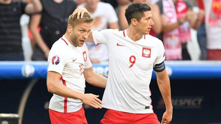 Polonia vs Suiza en vivo  Fútbol en vivo - Polonia vs Suiza en vivo. Todo para ver el partido Polonia vs Suiza en vivo en el lugar donde estés. Horarios canales previa y más.