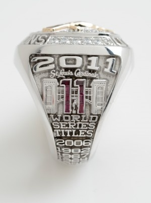 Cardinals 2011 World Series ring year side view. Awesome!