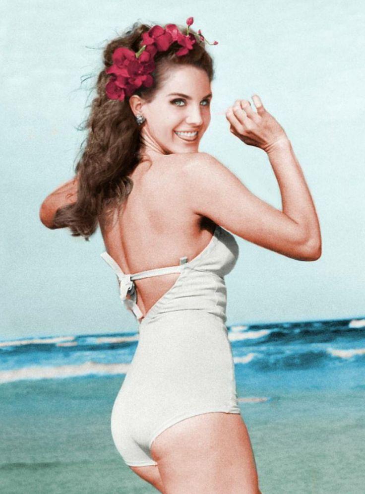 Face: Lana Del Rey   Body: Marilyn Monroe #edit