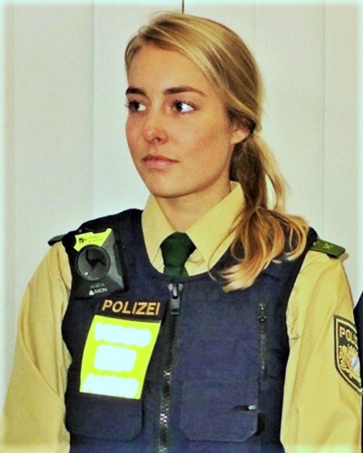 Polizistin Sex