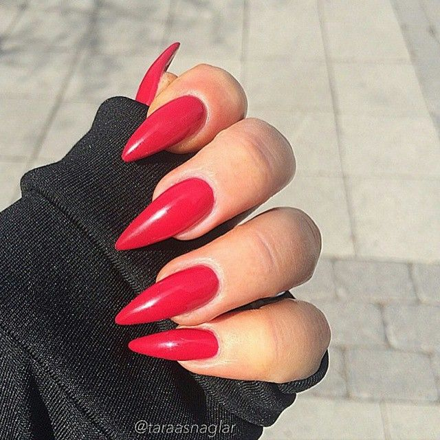 Red Stiletto Nails                                                                                                                                                      Mais