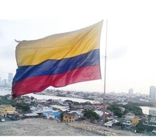 Nuestra #bandera #tricolor #castillo #de #san #felipe