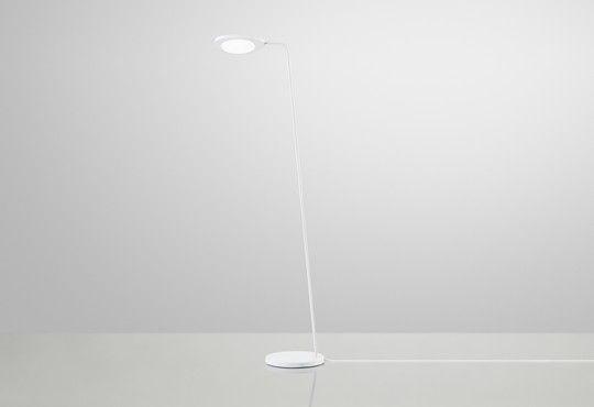 Leaf Lamp leeslamp - designed by Broberg & Ridderstråle for Muuto. - muuto.com