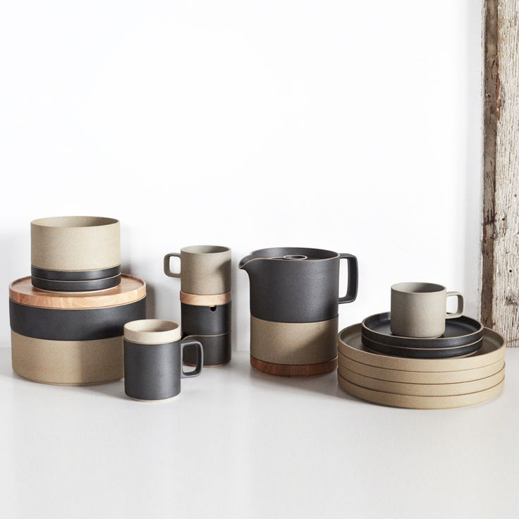 black japanese porcelain mugs and plates