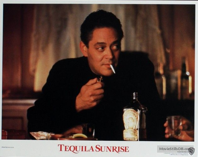 Tequila Sunrise (1988) Raul Julia