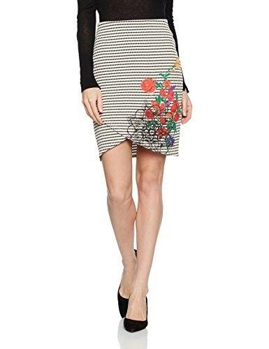 Falda estampada #faldas #moda #mujer #outfits  #faldasestampada #animalprint #faldasinvierno #style #shopping #fashion #modafemenina #faldatubo