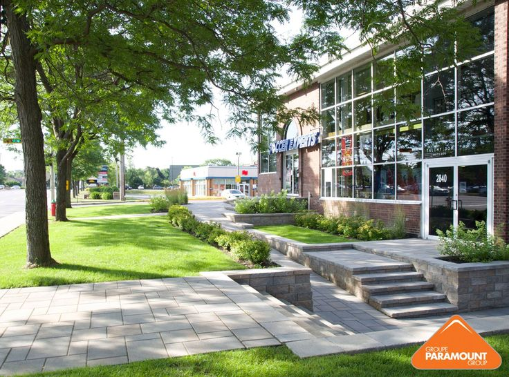 #FlashbackFriday – Looking back at one of our favourite commercial projects for Soccer Experts in Kirkland! #commerciallandscaping #mtl #landscapeideas #concretestairs #retainingwall #frontentrance