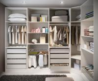 Passo 2 de 6 - Um closet serve para armazenar tanto a roupa de inverno como a de verão por isso deve deixar uma zona reser...