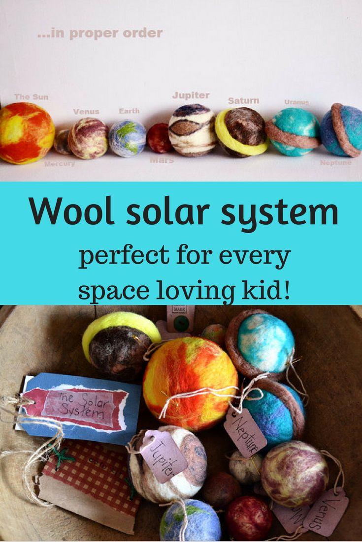 This wool solar system is so cool! I would love it for my space loving 5yo! #wool #waldorf #solarsystem #diy #handmade #kidsroom #nursery #ad #etsy #oybpinners