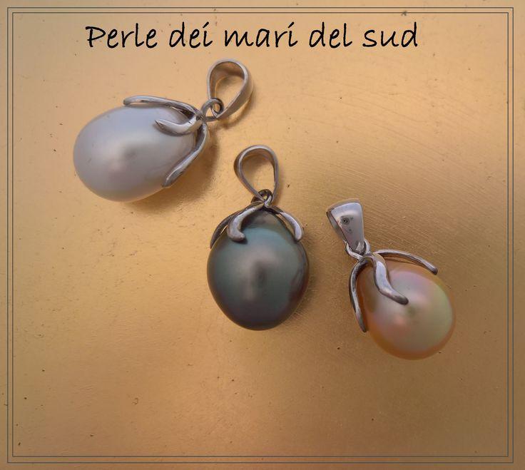 Ciondoli in oro e perle dei mari del sud 320€