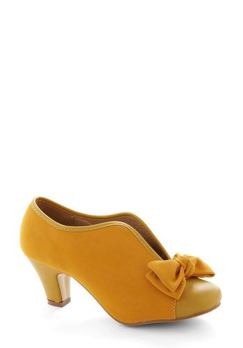 Bow Other Way Bootie in Gold, #ModCloth
