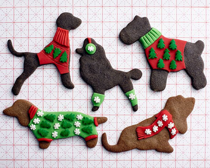 Christmas Sweater Gingerbread Dogs • CakeJournal.comDoggie Christmas, Christmas Baking, Christmas Cookies, Sweaters Cookies, Projects Cakegirls, Gingerbread Cookies, Christmas Sweaters, Gingerbread Dog, Sweaters Gingerbread