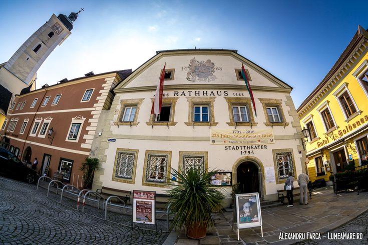 In Grein se afla cel mai vechi teatru pastrat informa originala, din Austria