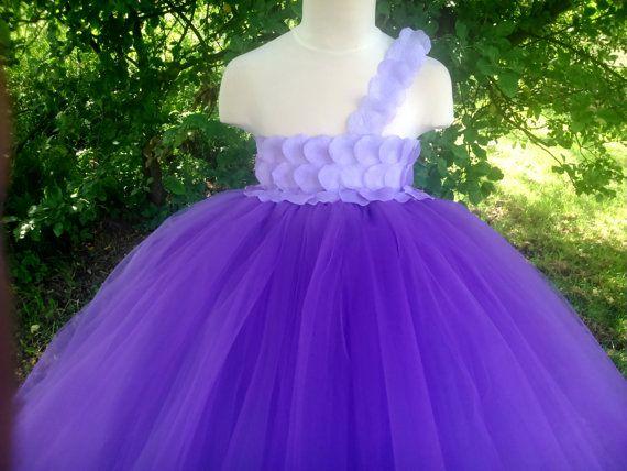 Purple flower girl tutu dress – wedding tutu dress in purple– birthday tutu dress – purple tutu dress – pageant dress – tutu dress