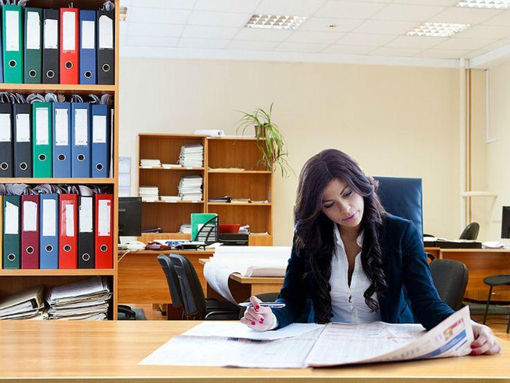Социологи Женщины могут найти идеальную работу в 30 лет а мужчины  в 27 - Росбалт.RU