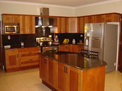Guatemala galilea cocinas madera cocinas cocinas en for Muebles de cocina wilde