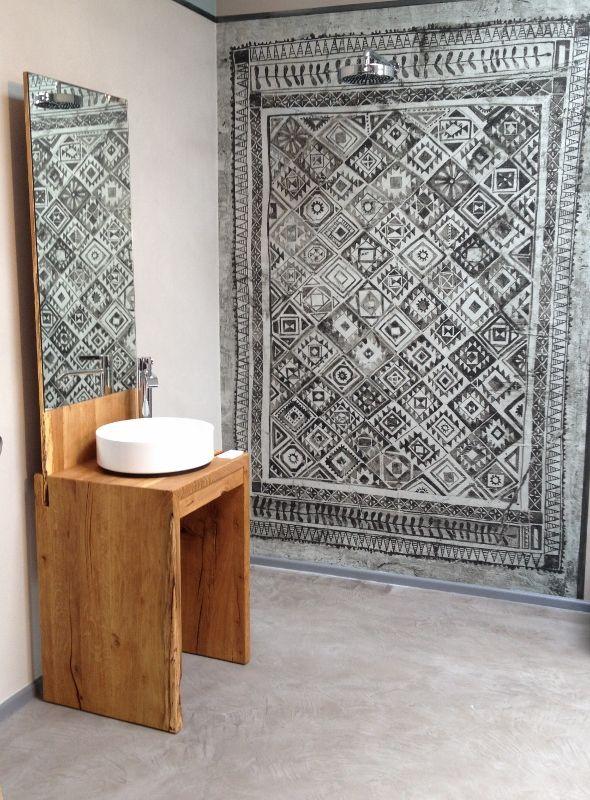 WET System von WallDeco in einem fugenlosem Bad. Ausstellung in Bonn/Bad Godesberg