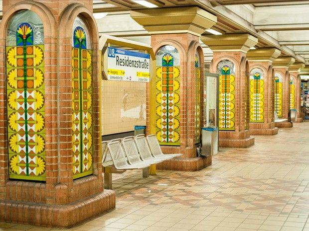 """wazzup2!Der U-Bahnhof """"Residenzstraße"""" im Stadtteil Berlin-Reinickendorf"""