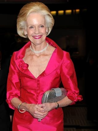 style queen QUENTIN BRYCE - Governor General Australia