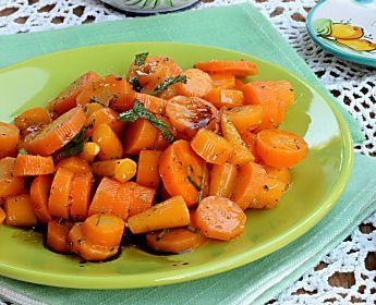 INSALATA DI CAROTE ricetta contorno leggero con carote