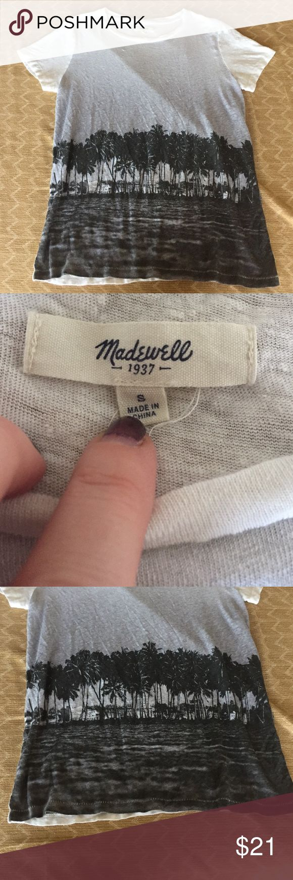 Madewell Palm Tree SS Tee Sz S Great top from Madewell. Size small, palm tree graphic on front. GUC, no stains. No trades, bundle and save! Madewell Tops