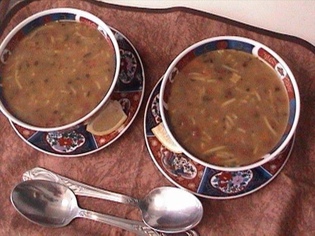 Dit is de Marokaanse soep : Harira  Deze soep drinken/eten ze vaak tijdens de ramadan maanden .