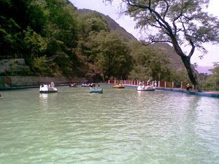 Mussoorie Lake , Famous lake in Mussoorie
