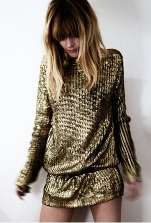 gold dress!~