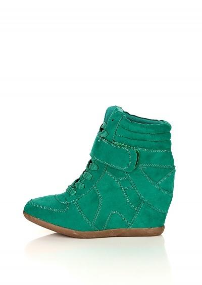 http://heppin.com/trampki_na_koturnie_model_6728_green_prod_id-13515.htm?str=prod=13515