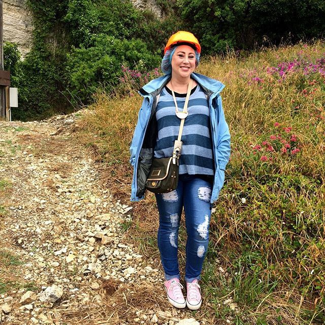 Added a helmet and hair net to my Three Parsons knit and jeans, plus my trusty Goretex, to visit the Kaikoura sea caves