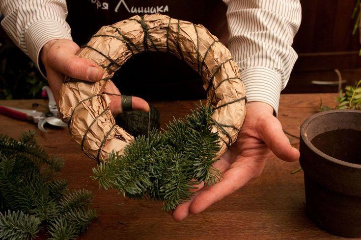 Мастер-класс от Игоря Линника: рождественский венок своими руками | информационное агентство «Мега-Урал»