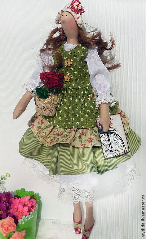 Алисия с любимым цветком - оливковый,красивый подарок,красивая кукла,подарок девушке