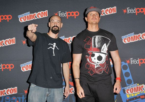 zak bagans | Zak Bagans Aaron Goodwin and Zak Bagans attend the 2012 New York Comic ...