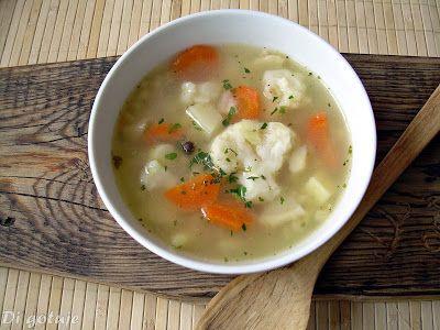 Di gotuje: Zupa kalafiorowa z pęczakiem