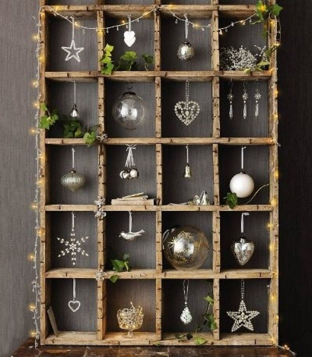 Leuk idee voor de kerst. Wow this crate is so original. Rice lites are cool!