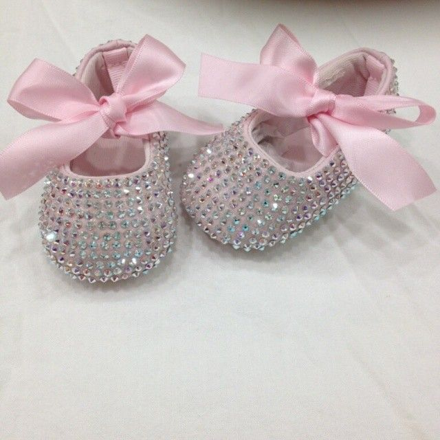 Baby Shoes - I know everybody says you don't need to bother with baby shoes but how cute are these?!?!