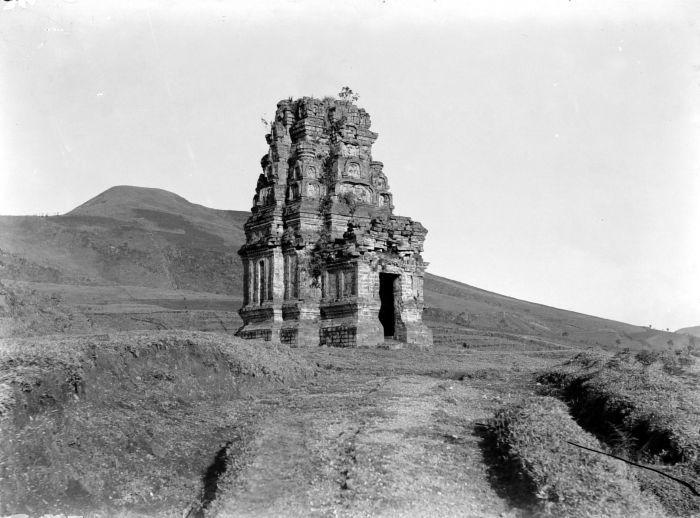 Candi Bima, Dieng plateau, Wonosobo, 1928