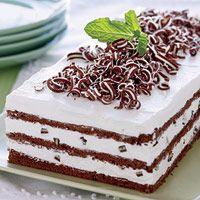 Grasshopper cake.....   chocolate and mint..... yummie: Desserts, Food Recipes, Cake Recipe, Dessert Recipes, Cakes, Sweet Treats, Chocolate Mint, Sweet Tooth, Grasshopper Cake
