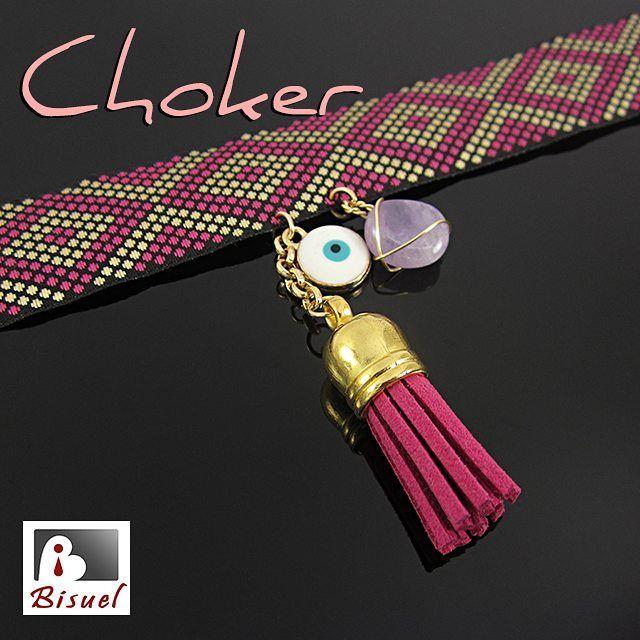 Choker con ojito turco, borla de cuero y cuarzo amatista