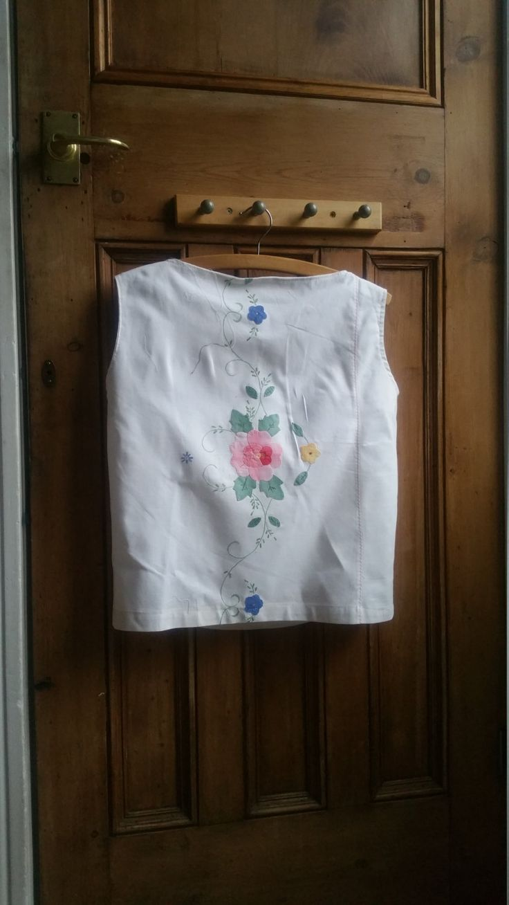 Ladies vintage white blouse embroidered linen top floral blouses small size 10 womens clothing tops tees Dolly Topsy Etsy UK by DollyTopsyVintage on Etsy