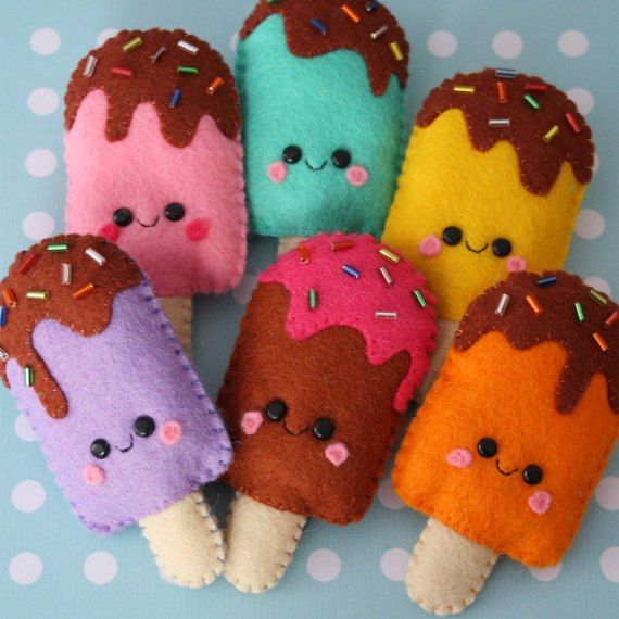 Cute felt ice lollies ! Blooming Felt's 1mm thick 100% wool felt would make these beautifully www.bloomingfelt.co.uk
