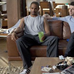 "Damon Wayons ""Coach"" Returns To New Girl for Season 3"