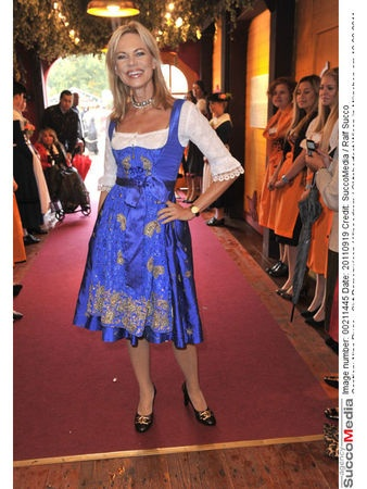 Nina Ruge - Oktoberfest 2011