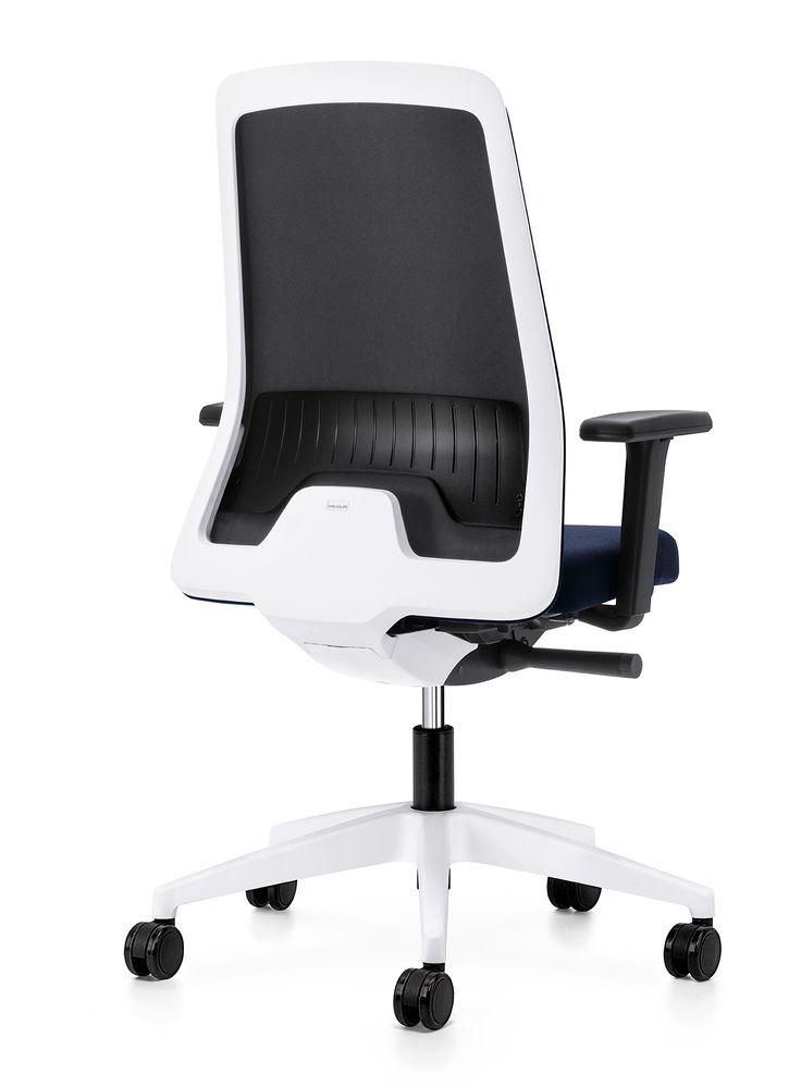 Deze mooie bureaustoel is standaard voorzien van lendensteun.