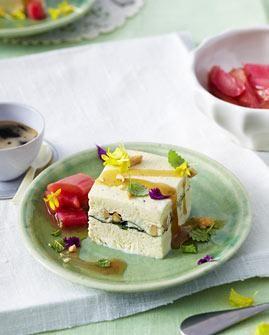 Minz-Honig-Parfait mit Rhabarber