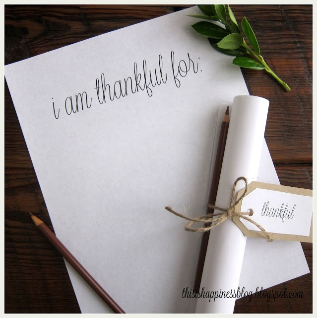 LOVE this simple idea of a note card for a thankful tablescape via This is Happiness